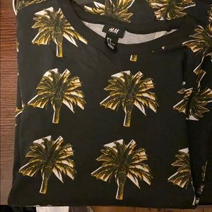 H&M pineapple tree shirt